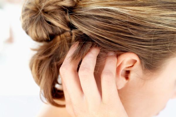 a férgek kezelése a fejben