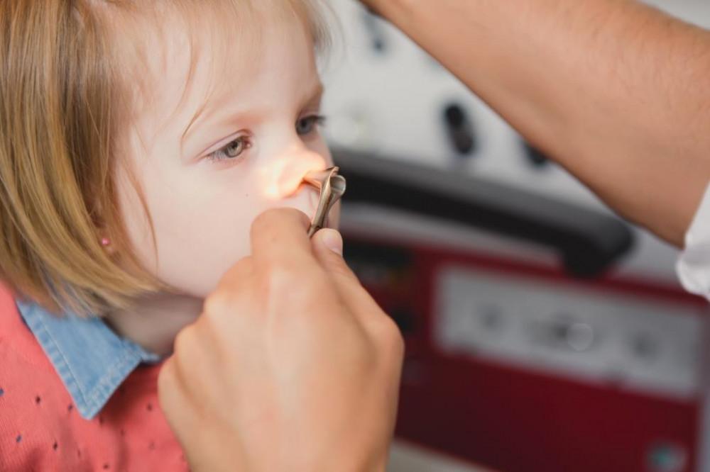 féregkezelés 1 éves gyermek számára fájhat e a gyomor férgekkel